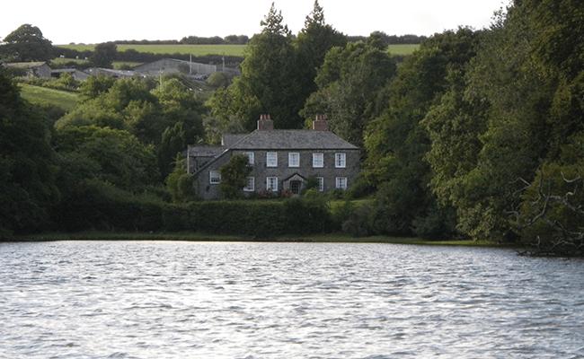 fowey-riverside-property